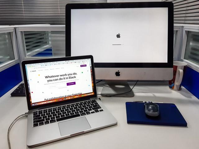 Naprawa sprzętu Apple w serwisie z Warszawy – jak można dostarczyć urządzenie?