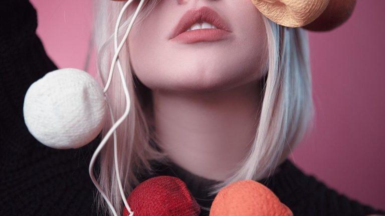 Czy warto skorzystać z zabiegu, jakim jest modelowanie ust?