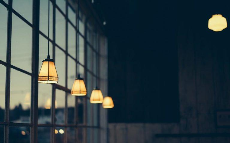 Co ma znaczenie przy wybieraniu wyrobów oświetleniowych?