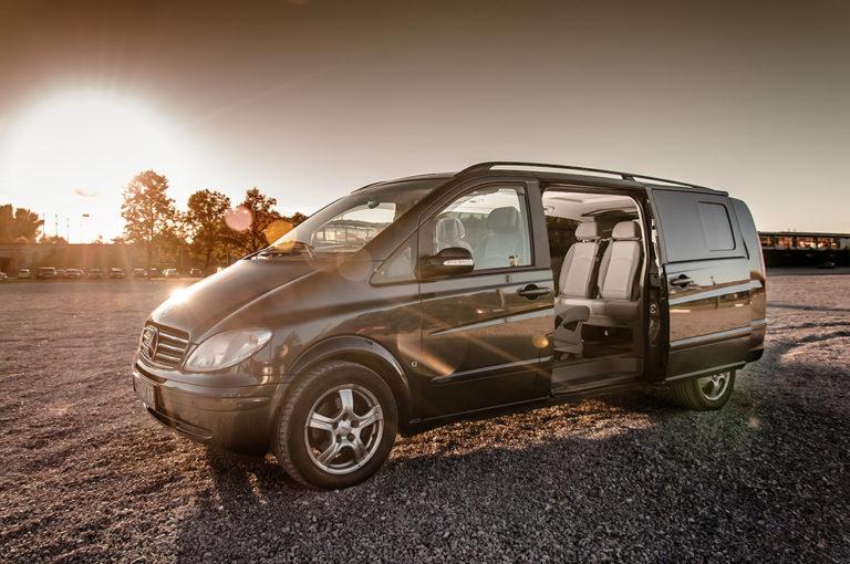 Skąd wziąć najlepszy autokar na daleką podróż?