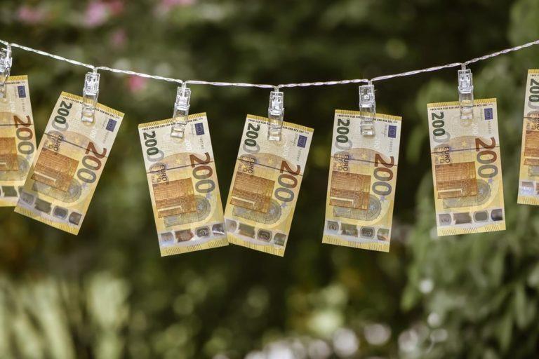 Jak otrzymać pożyczkę przez internet na dowód?